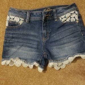 Girls lace shorts